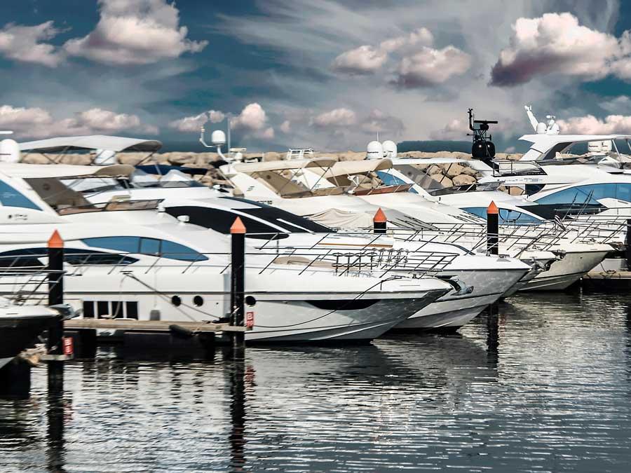 marina yachts